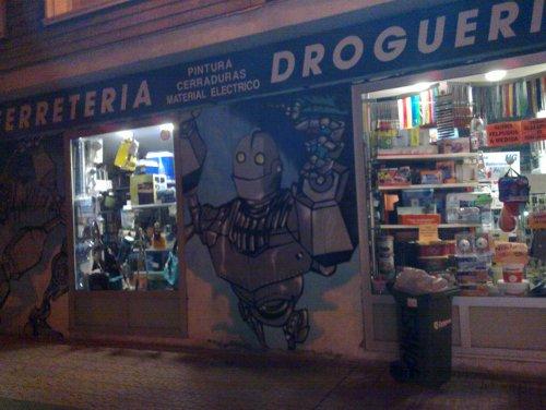 robot mural in Zaragoza